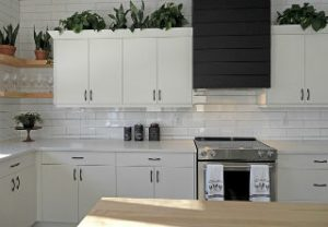 handles of kitchen cabinets