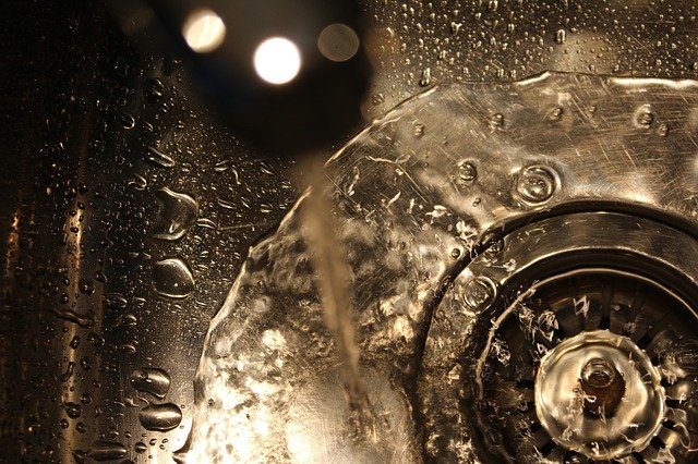 Why You Need A Drain Strainer In The Kitchen Sink