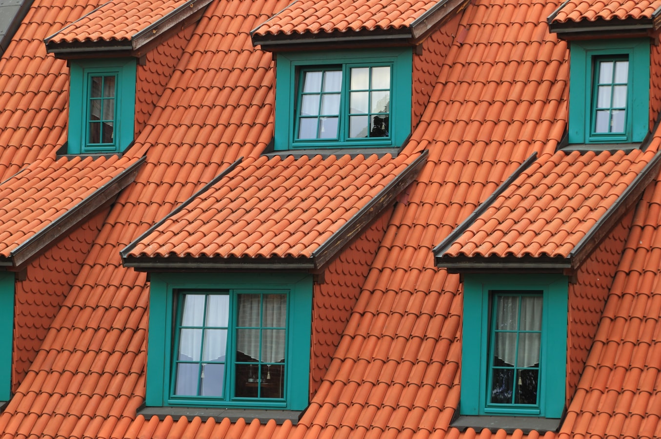 Roof Replacement—How to Tell if You Need a New One